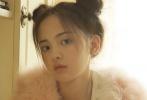 9月4日,杨超越一早就在微博发布了一组清新可爱画风的九宫格,3套LOOK不知道pick那套好了... ...