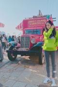 杨幂庆生与好友张大大同游环球影城 晒最佳游客照