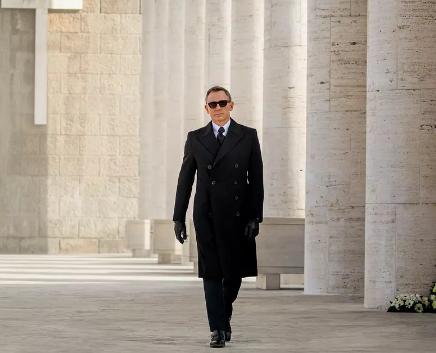 《邦德25》剧本并未被弃 007前编剧改写新故事