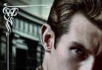由大卫•叶茨执导,J•K•罗琳编剧的电影《神奇动物:格林德沃之罪》今日曝光了一组角色海报。海报上,小雀斑埃迪•雷德梅恩、女主角凯瑟琳•沃特森、饰演邓布利多教授的裘德•洛、饰演反派的约翰尼•德普等一干主演纷纷亮相。