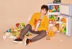 刚刚度过生日的王俊凯,拿下19岁第一封:《时尚先生》银十封面!并成为该刊史上最年轻封面艺人。