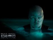 脑洞科幻巨制《超能泰坦》 看泰坦军团险象迭生