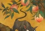 由《哈利·波特》作者J.K.罗琳全新创作的《神奇动物:格林德沃之罪》即将于11月16日,在中国与北美同步上映。今日影片发布高清版中国风定制海报,六大神奇动物威武现身,各自占据一幅属于自己的海报;同时这六幅海报又可组成一幅长卷屏风,画面相互独立又彼此统一。