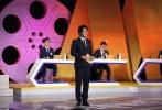 """首届高校大学生电影辩论赛《电影辩世界》的决赛,将于11月11日本周日16:10于CCTV6电影频道播出。武汉大学与西安交通大学两支高校辩论队将围绕着辩题""""用分数评价一部电影,错了吗?"""",展开激烈的辩论。"""