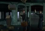 """由《哈利·波特》作者J.K.罗琳全新创作的《神奇动物:格林德沃之罪》日前宣布全面开启预售,电影还将于11月15日晚黄金时间在北京、上海、广州、深圳等全国37个城市开启120场超前点映活动,让广大粉丝可以提前一天重返魔法世界,观看这部年度魔幻巨制!该片海外点映后赢得观众盛赞,被誉为""""一部必看的魔法之作"""",不少网友兴奋表示迫不及待想要二刷。影片将于11月16日全国上映,全新魔法冒险即将华丽启程。"""