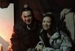 由章子怡、周一围、杨祐宁等主演的电视剧《帝凰业》全组杀青,该剧作为章子怡的首部电视剧,从开拍前就备受关注和争议。近日,陆续又有参演演员晒出杀青照。