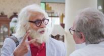 """《老爸102岁》解读 """"奇葩""""父子献给观众的心灵辅导课"""