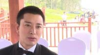 贾乃亮参加海南国际电影节 表示三亚美食太多自己胖了两斤
