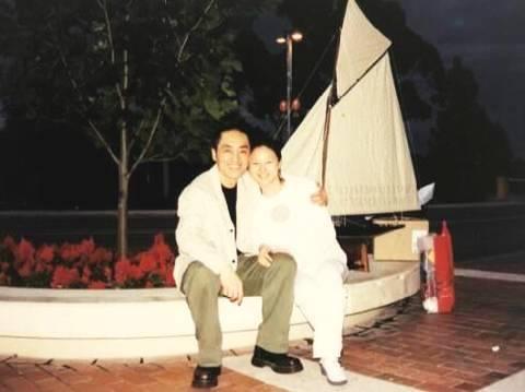 68岁张艺谋的37岁娇妻素颜照曝光  皮肤白
