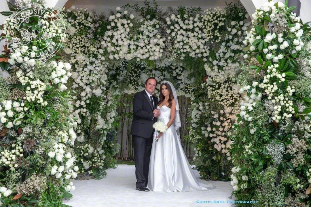 昆汀导演结婚了,新娘的脚果然……
