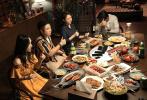 2019年开年第一周,在缺乏类似2018年《前任3》等现象级华语影片的情况下,内地影市仍然获得了超过12亿的票房。本周开画的《大黄蜂》依旧是国内观众喜欢的好莱坞特效电影,毫不意外地以4亿票房登顶冠军。《来电狂响》后劲十足,在上映次周仍然把持亚军位置。