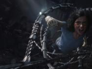 《阿麗塔》首曝角色海報 卡梅隆深情開講幕后故事