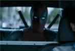 """由美国二十世纪福斯公司出品,美国漫威影业公司联合出品,2019开年宇宙最红超级英雄电影《死侍2:我爱我家》(Once Upon a Deadpool)正在各大院线红火上映中。今日片方发布一支""""哔哔哔""""正片片段,为了契合影片PG-13合家欢的主题,一向""""口无遮拦""""的""""小贱贱""""自带消音器,开启""""和谐""""大招,笑料频出,令人忍俊不禁。而这个片段只是影片中众多笑点的""""冰山一角"""",观众在观影后无不表示""""全程哈哈哈!笑到抽筋!"""""""