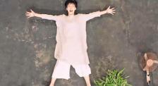 年度难忘的电影画面 《无名之辈》任素汐章宇拥抱最戳中泪点