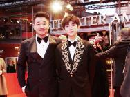 王景春亮相《地久天长》首映 实力冲击柏林电影节