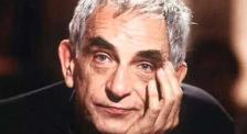 电影日历:他凭借《蓝白红三部曲》成为享誉世界的电影大师