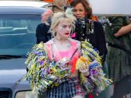 小丑女造型百变!《猛禽小队》纽约片场照流出