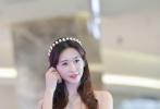 6月6日晚,林志玲突然通过个人微博宣布结婚,男方是日本放浪兄弟成员AKIRA,并非多年的绯闻对象言承旭。AKIRA微博回顾了恋情,两人8年前共同主演舞台剧《赤壁 爱》时相识,于去年底开始交往、6月6日结婚。