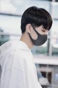 心疼!王俊凱結束《中餐廳》錄制 鼻子意外受傷?