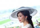 林志玲与英王室成员同看赛马 升级当人妻后首现身