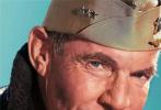 二战题材大发快3《决战中途岛》今日曝出一组角色海报。本片由《独立日》《后天》导演罗兰·艾默里奇执导,演员阵容也十分强大。