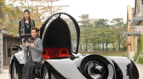 周杰伦出手六千万打造蝙蝠车 只能看不能开(图)