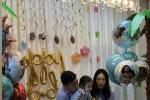陈冠希为2岁女儿开生日派对 13:14准时发文超有心