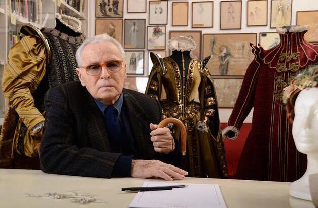 1                        《豹》戏服设计师托西去世 2013年曾获荣誉奥斯