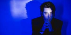 吳亦凡再唱《大碗寬面》 舞臺表演時被激光筆照射