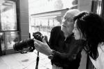 章子怡发文悼念已故摄影师 曾合作拍摄黑白大片
