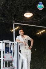 《中餐厅》公园半日游 王俊凯杨紫跷跷板僵持不下