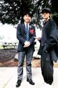 陈坤晒儿子校服照 同框似兄弟:爸爸比儿子还帅!