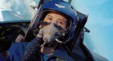 《我和我的祖國》宋佳第一次看飛行員起飛忍不住哭了