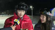 杜江获M榜最佳正气形象荣誉 霍思燕现场颁发 互动十分甜蜜