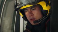 电影人探讨5G与影视的融合变革 《紧急救援》魔性科普救援电话