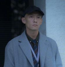 张震为《缉魂》暴瘦12公斤 剃光头演绎癌症患者