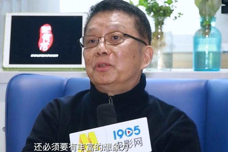 专访黄建新:?;ご醋骺占?成为导演与资方的纽带
