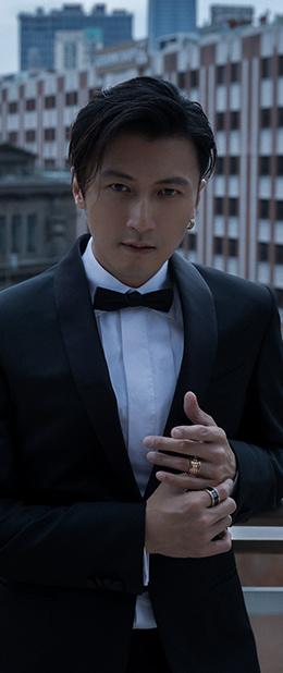 謝(xie)huo) 媯何(he)沂敲刻於du)逼著自己(ji)進(jin)步的人
